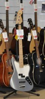 Fender Player Jaguar Bass Maple Neck Silver