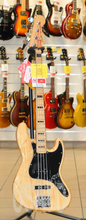 Fender Jazz Bass Deluxe Natural