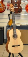 Yamaha C40 NS NATURAL SATIN